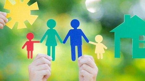 Разница между опекуном, попечителем, приемным родителем и усыновителем