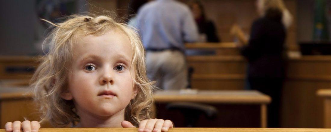 Дарственная на несовершеннолетнего ребенка: можно ли оформить?