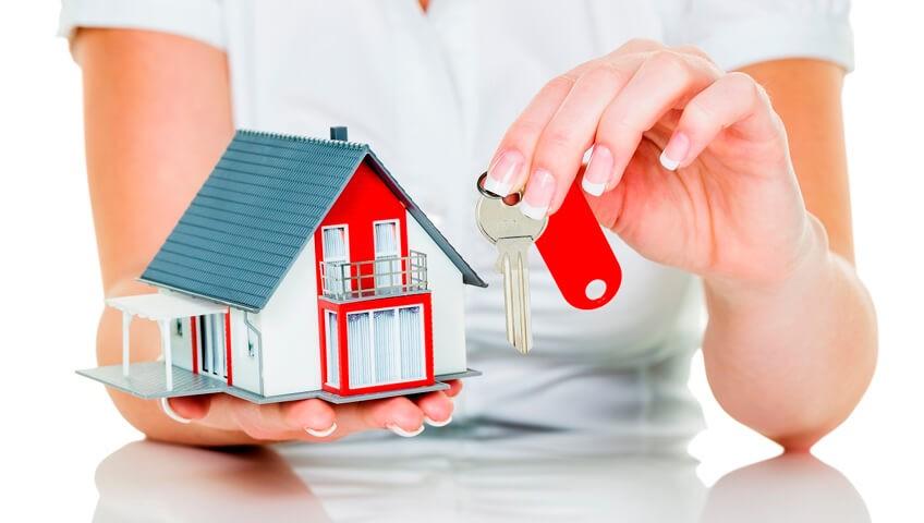 Договор дарения на квартиру: плюсы и минусы
