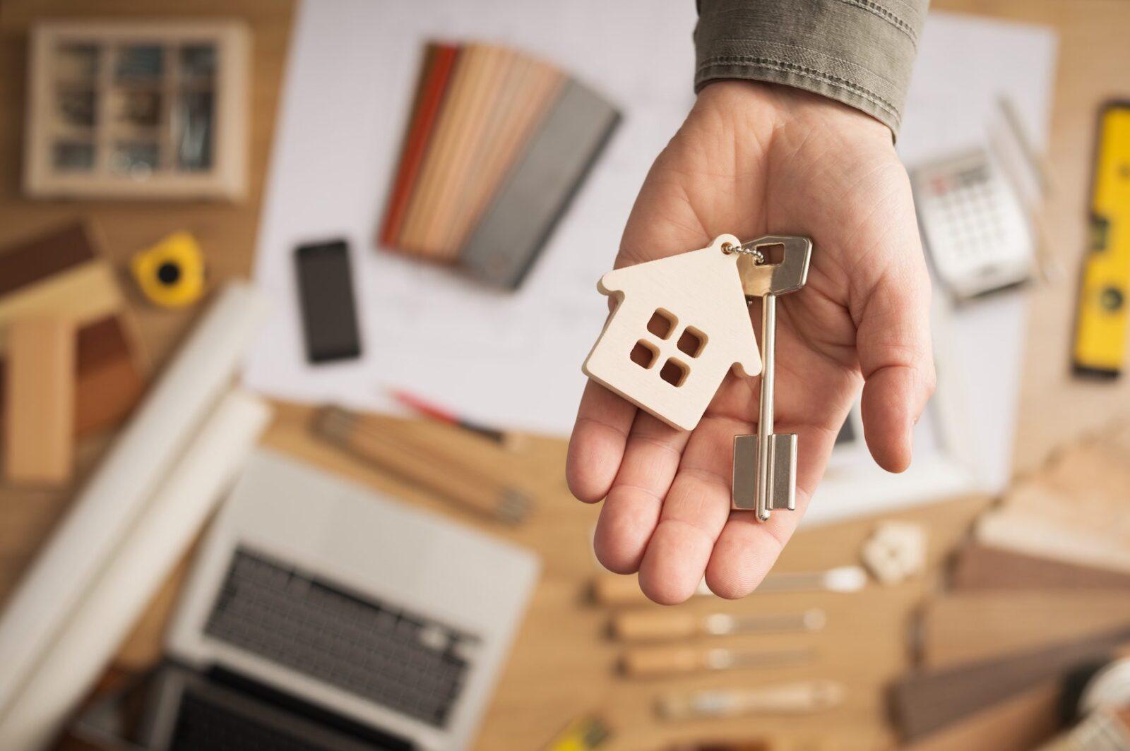 Налог на дарение квартиры родственнику в 2021 году