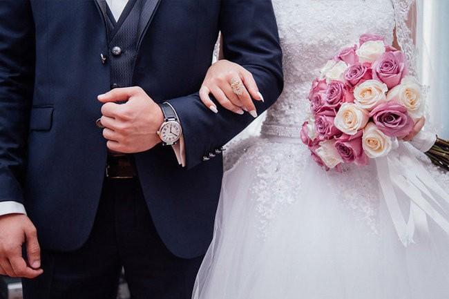Брачный возраст в РФ: со скольки лет можно вступать в брак?