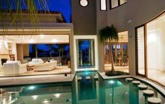 Кто интересуется покупкой элитной недвижимости?